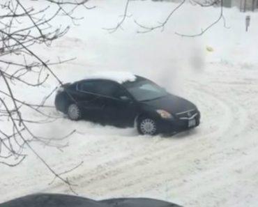 Ocupantes Usam Técnica Invulgar Para Libertar Carro Da Neve 9