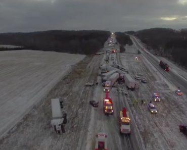 Drone Capta Imagens De Acidente Com 100 Veículos Em Autoestrada Nos EUA 1