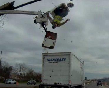 Trabalhador Em Plataforma Elevatória Atingido Por Camião Enquanto Fazia Reparação Em Semáforo 1