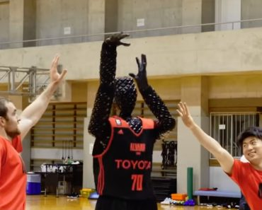Conheça o Robô-Basquetebolista Que Raramente Falha Lançamentos 4