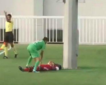 Jogador De Futebol Termina No Hospital Após Dar Forte Cabeçada Em Poste De Luz 8