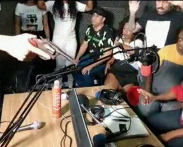 Ladrões Invadem Rádio No Brasil e Assalto é Transmitido Em Direto 2