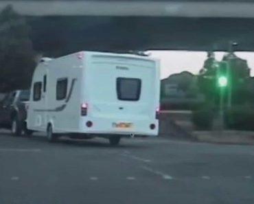 Fugiu à Polícia Com Caravana Roubada Atrelada Ao Carro Durante 60 km 7