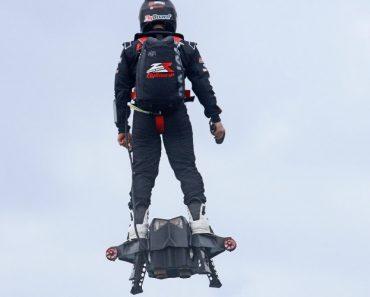 Flyboard Air a Prancha Que Faz Voar a Uma Incrível Velocidade De 150 Km/h 4