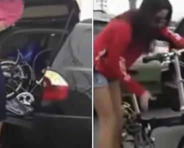 Mulher Pára Carro No Meio Da Estrada Para Mudar De Roupa e Fazer Passeio Em Bicicleta 8
