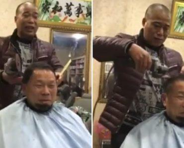 Este Barbeiro Apenas Precisa De Um Pente e Uma Rebarbadora Para Cortar o Cabelo Do Seu Cliente 1