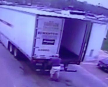 Trabalhador Fica Inconsciente Após Ser Atingido Com a Porta Do Próprio Camião 7