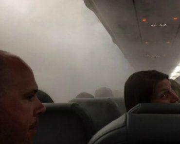 Bizarro Nevoeiro Invade Avião Vindo Através Do Ar Condicionado Da Cabine 2