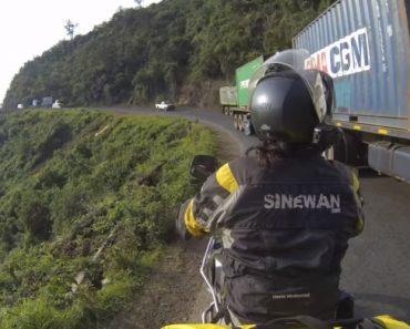 Motociclista Mostra O Pesadelo Que é Conduzir No Quénia 3