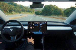 """Vídeo Mostra Um Tesla a Andar Em """"Full Self-Driving"""" 8"""
