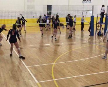 Equipa De Voleibol Vence Jogo Depois De Atleta Ser Atingida Com Bola Na Cara 7