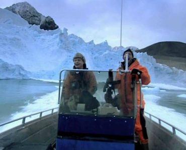Glaciar Colapsa e Quase Atinge Ocupantes De Pequeno Barco 4